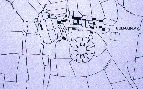 Motreff, Kergorlay. Plan cadastral figurant l'emprise de la Motte. DAO P. Kernevez