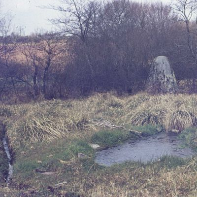 Menhir de Lampaul-Huella