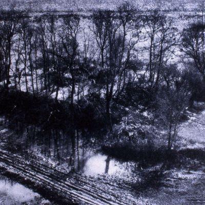 Langonnet, Kermain. Vue aérienne de la motte sous la neige. Cliché Drac sra
