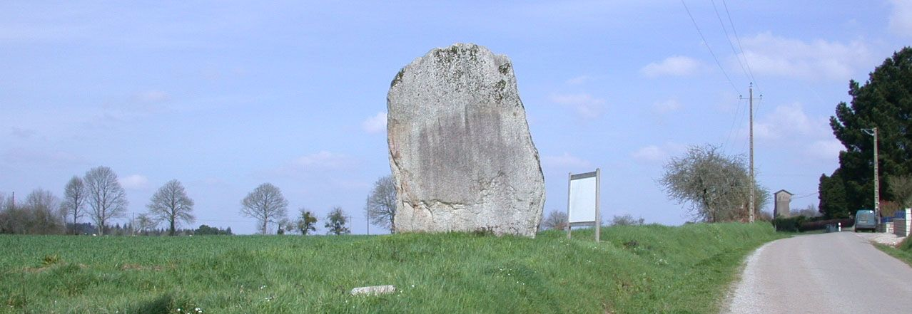 Menhir de Kervilio